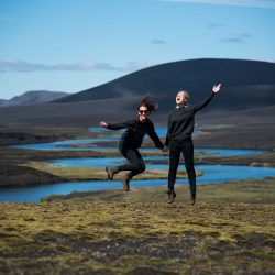 daylight-iceland-jumping-1690470